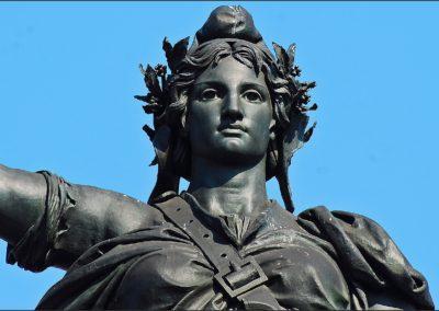 3 - 27 septembre 2009 Paris Place de la République Statue, par melina1965 | Licence CC BY NC 2.0